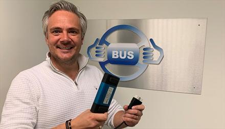 BUS lanserer nytt bruktbilprodukt og går inn i Sverige